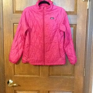 Patagonia jacket girls size XXL   in gd condition